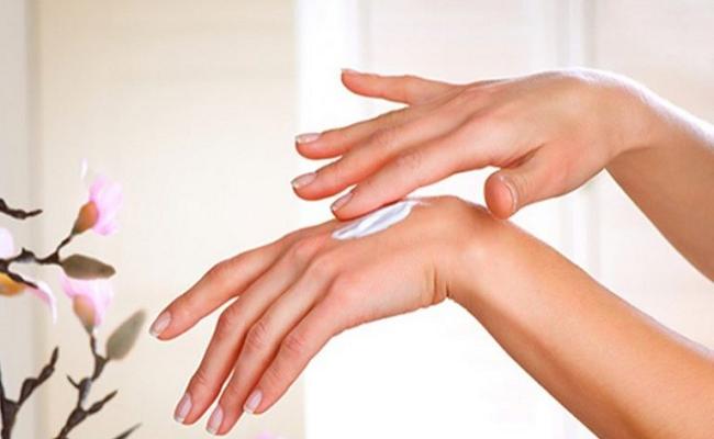 kem dưỡng da tay